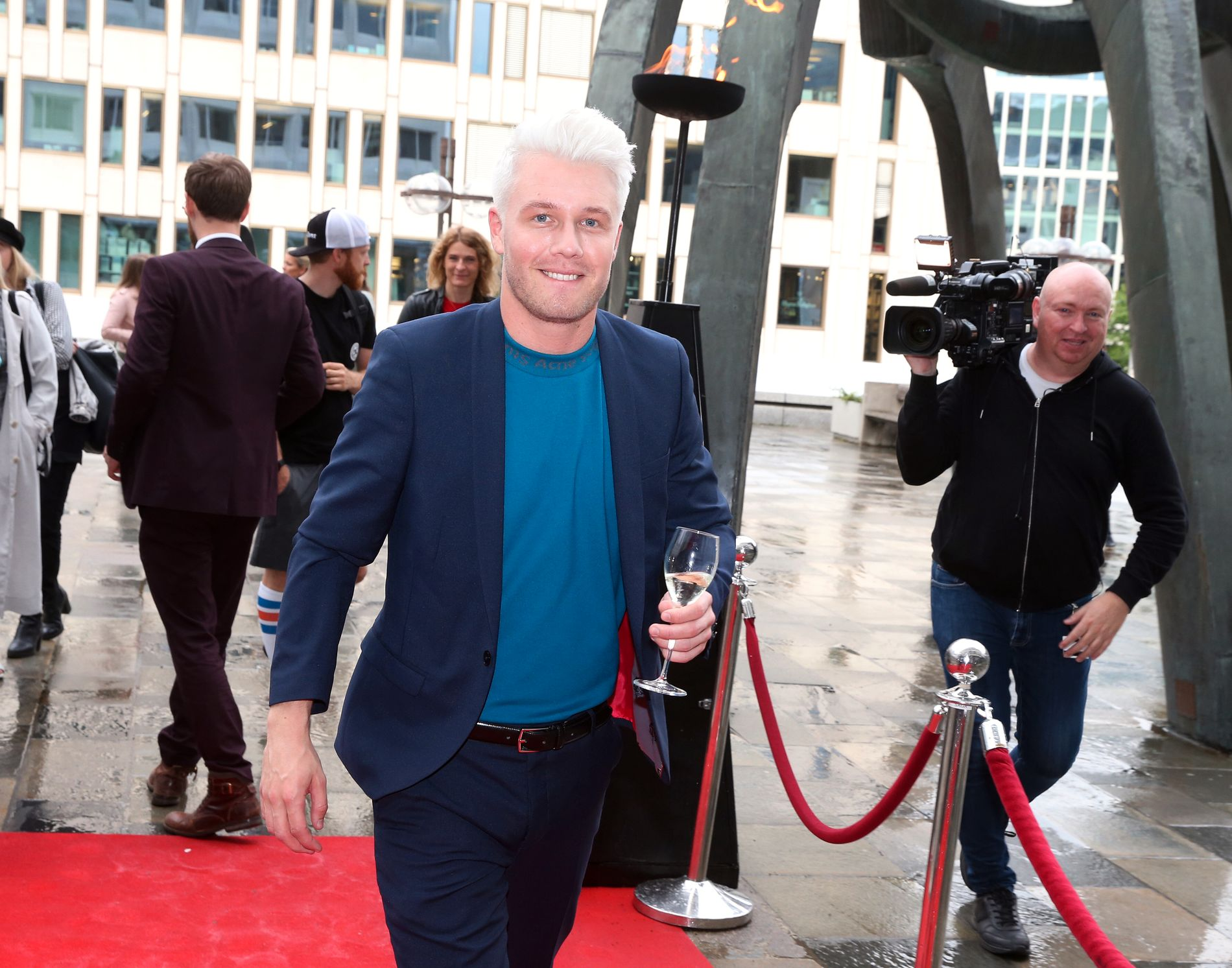 PREMIERE: Herman Flesvig på rød løper til festpremiere i Oslo tirsdag kveld.