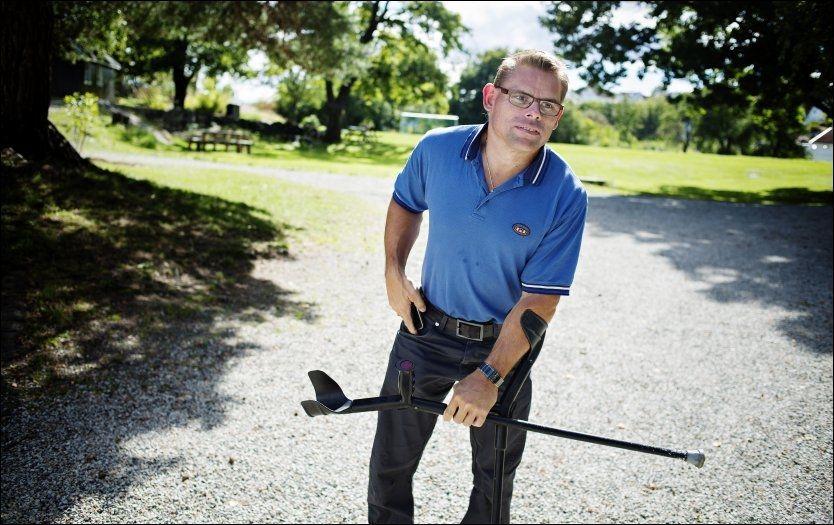 ARBEIDSLEDIG. 46 år gamle Wiggo Berggren er født med muskelsykdommen Cerebral Parese. Han har vært på jobbjakt i fire år, men forteller at han istedet blir tilbudt uføretrygd. Foto: JO STRAUBE