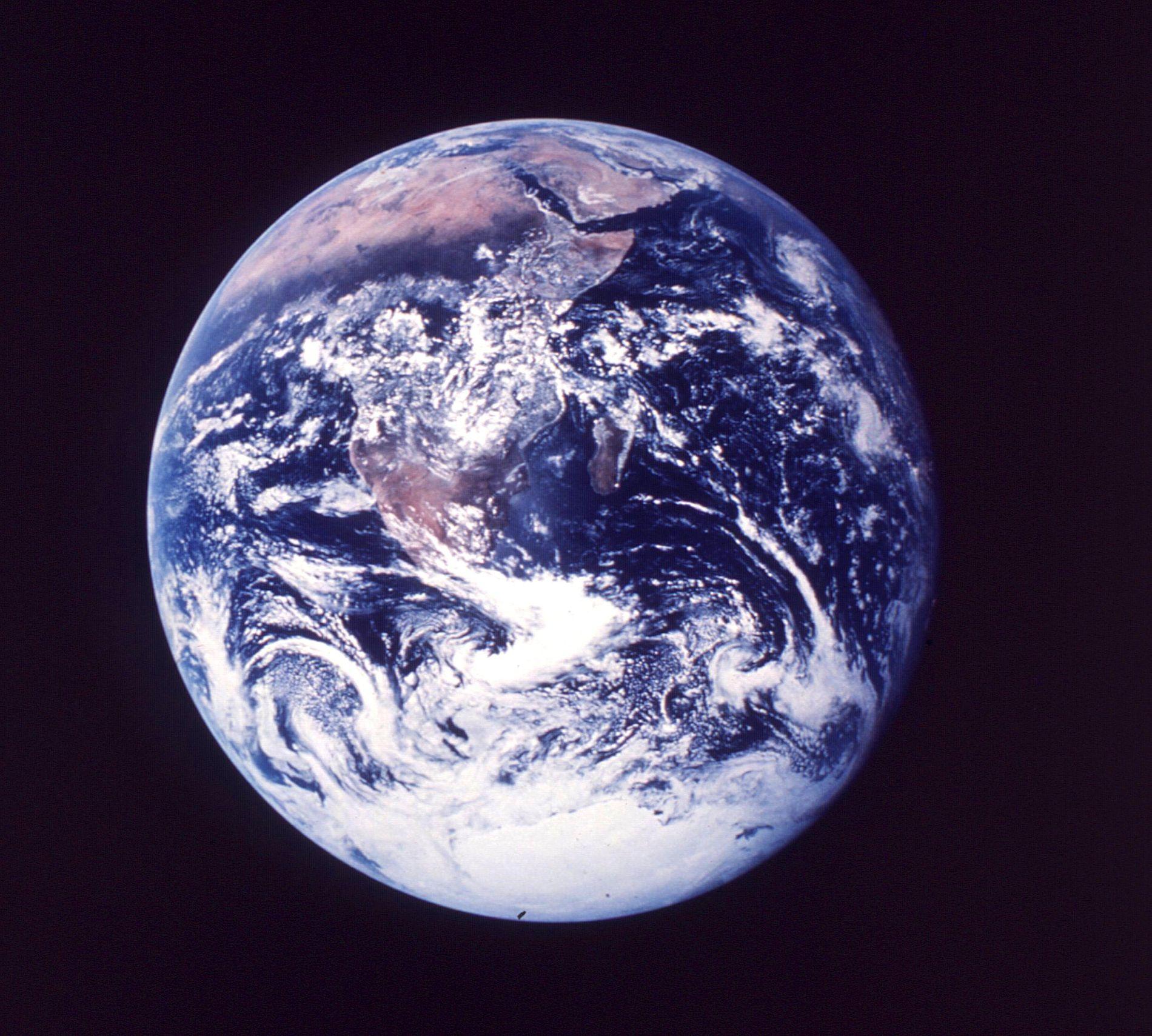 SYNKENDE TEMPERATURER: Britiske forskere spår et kjøligere klima på jorden på grunn av lav aktivitet fra solen.