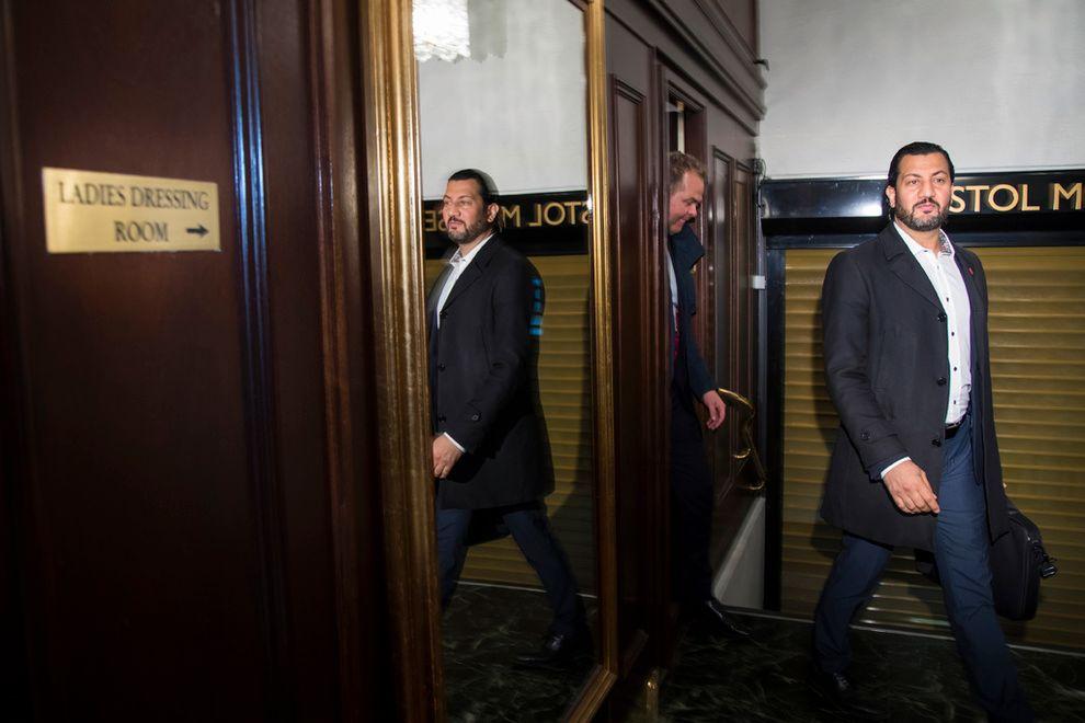 SKUFFET: Generalsekretær i Islamsk Råd Norge, Mehtab Afsar etter et møte med kulturministeren i april.