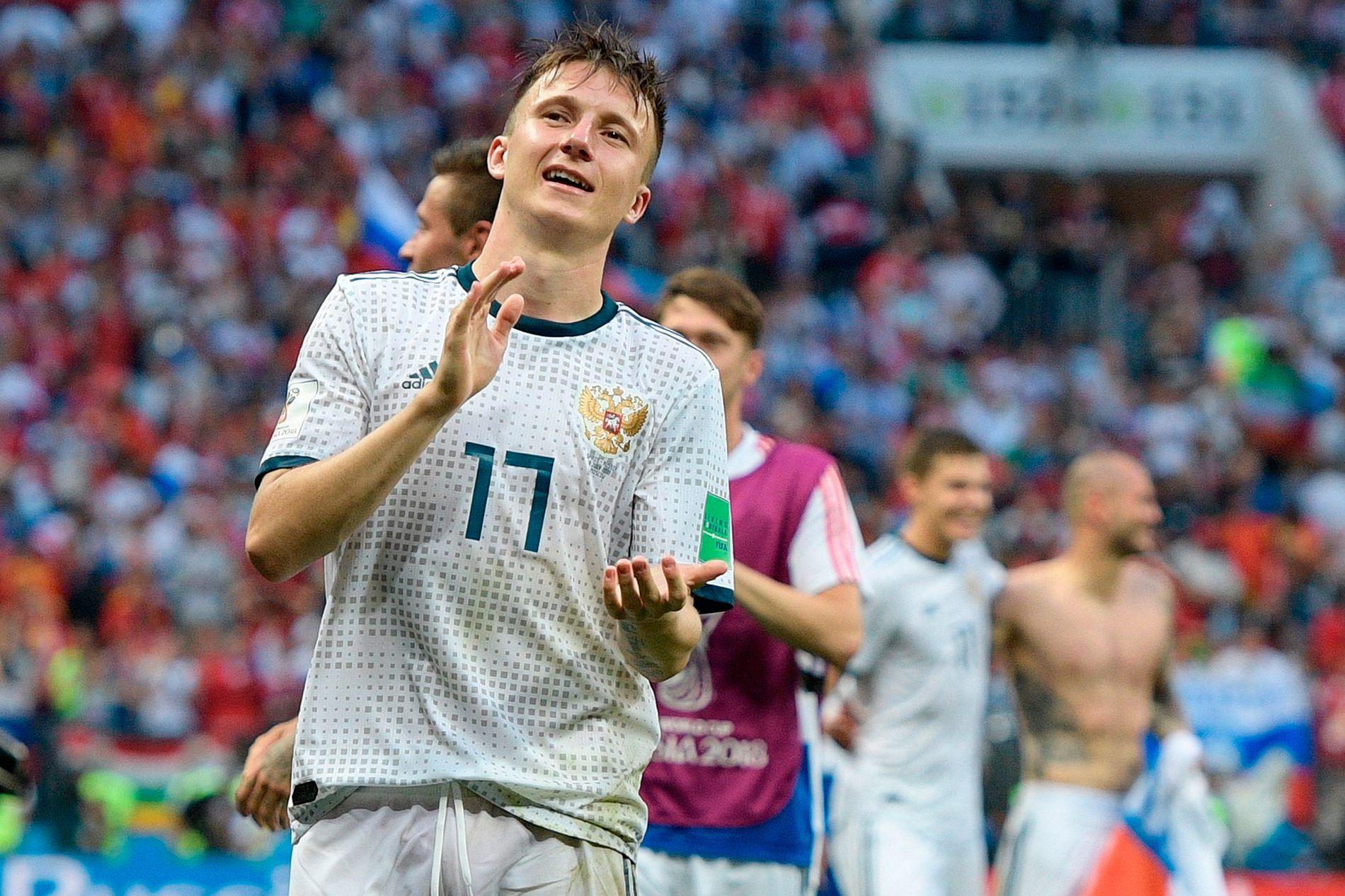 ALEKSANDERDENSTERKE: Russland er klare for kvartfinale i hjemme-VM med Aleksander Golovin som en av lagets mest markante spillere.