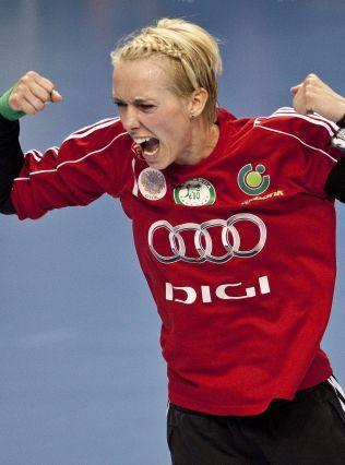 GYÖR-SUKSESS: Katrine Lunde har de to siste sesongene vunnet Champions League med den ungarske klubben hun nå forlater.