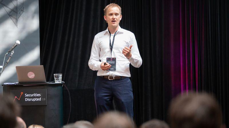 UTFORDRER BANKENE: Geir Atle Bore i Fundingpartner tilbyr små og mellomstore bedrifter en plattform hvor de kan hente penger direkte fra enkeltpersoner som søker god avkastning. Foreløpig er det for få verdige låntagere i forhold til investorer.