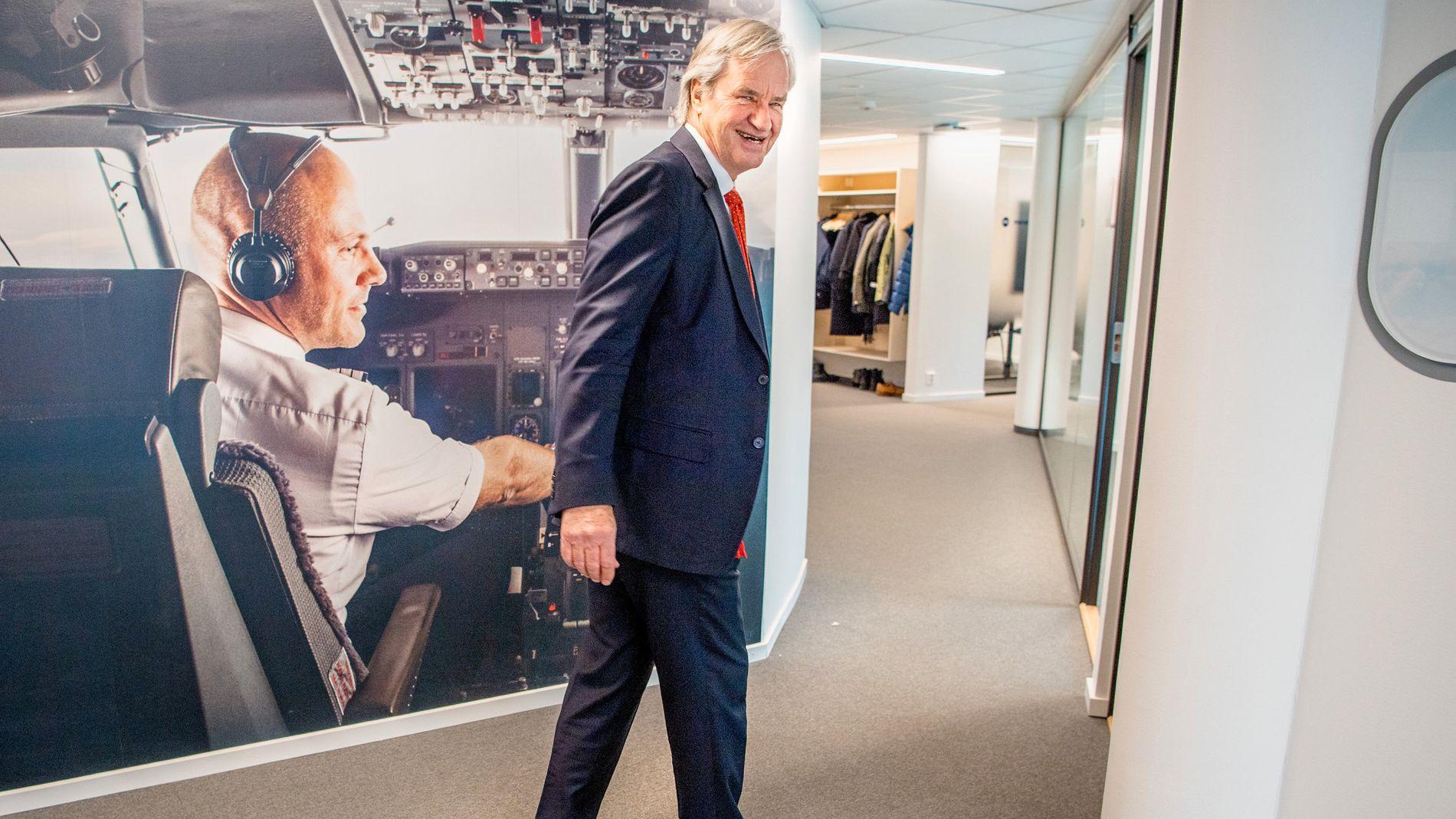SNAKKER OM KRISEN: VG møtte Norwegian-sjef Bjørn Kjos på Fornebu mandag.