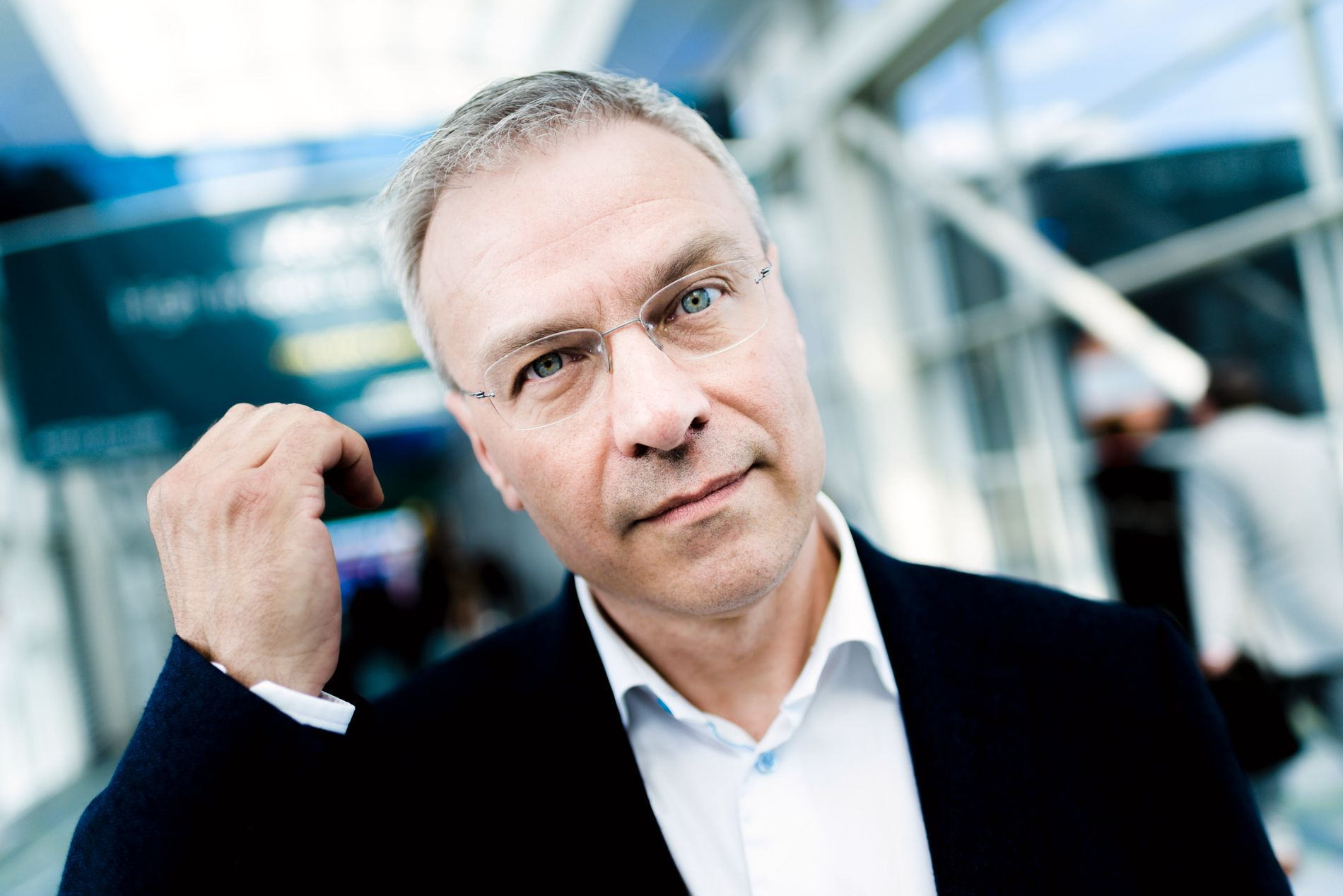OPTIMISTISK: Forskningsdirektør i Helse Bergen, Bjørn Tore Gjertsen, sier det foregår mye spennende forskning på persontilpasset medisin i Norge. Blant annet ved CCBIO (Center for Cancer Biomarkers) på Haukeland.