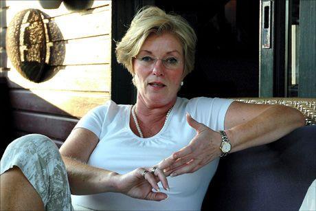 JUKSET: Liv Løberg risikerer fengselsstraff hvis hun skulle bli funnet skyldig i dokumentfalsk. Foto: Scanpix