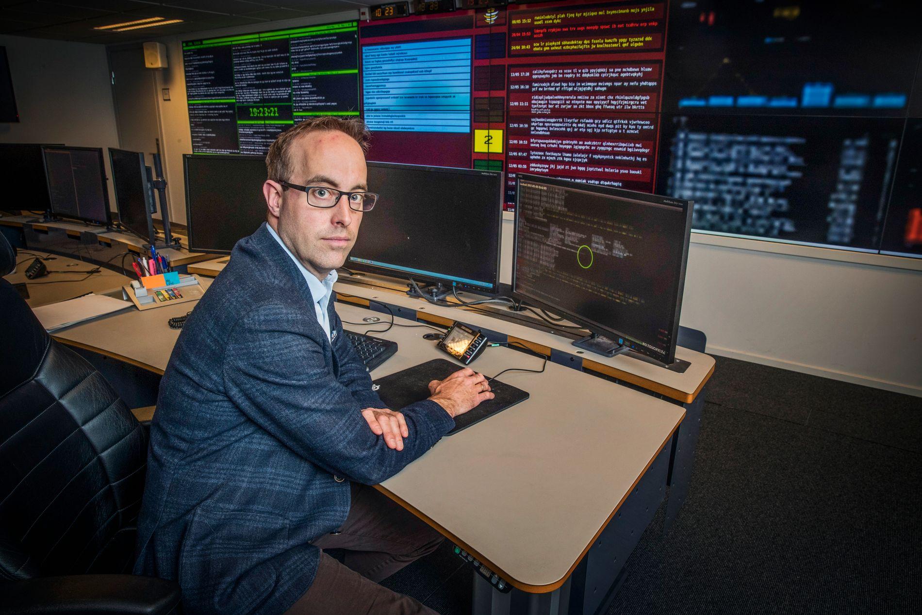 OVERVÅKER: Håkon Bergsjø er leder av avdelingen i Nasjonal sikkerhetsmyndighet (NSM) som håndterer alvorlige dataangrep mot kritisk infrastruktur.