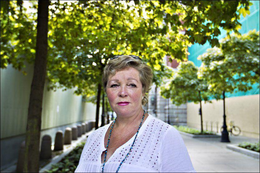 SKUFFET: Gunn Rusten er veldig skuffet over at de etterlatte ikke får lov til å være på Utøya hele dagen 22. juli. Hun mener Utøya bør bli en minnelund. Foto: Roger Neumann