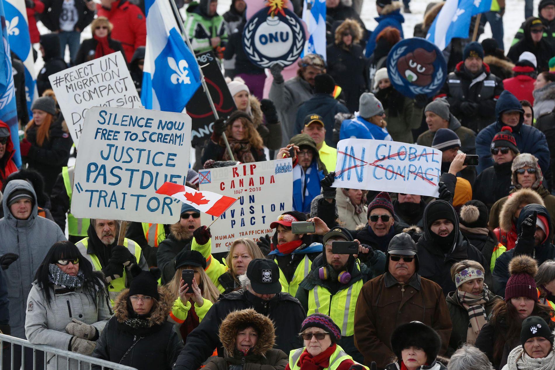 PROTESTER MOT PLATTFORMEN: I flere land har det blitt arrangert demonstrasjoner mot FNs migrasjonsplattform, her fra Ottawa 8. desember.