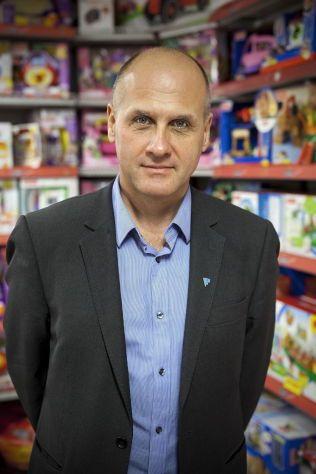 TØFFERE TILTAK: Gunstein Instefjord, fagdirektør i Forbrukerrådet mener dagens tiltak ikke står i stil med de utfordringene vi står overfor når det gjelder barn og unges sukkerinntak.