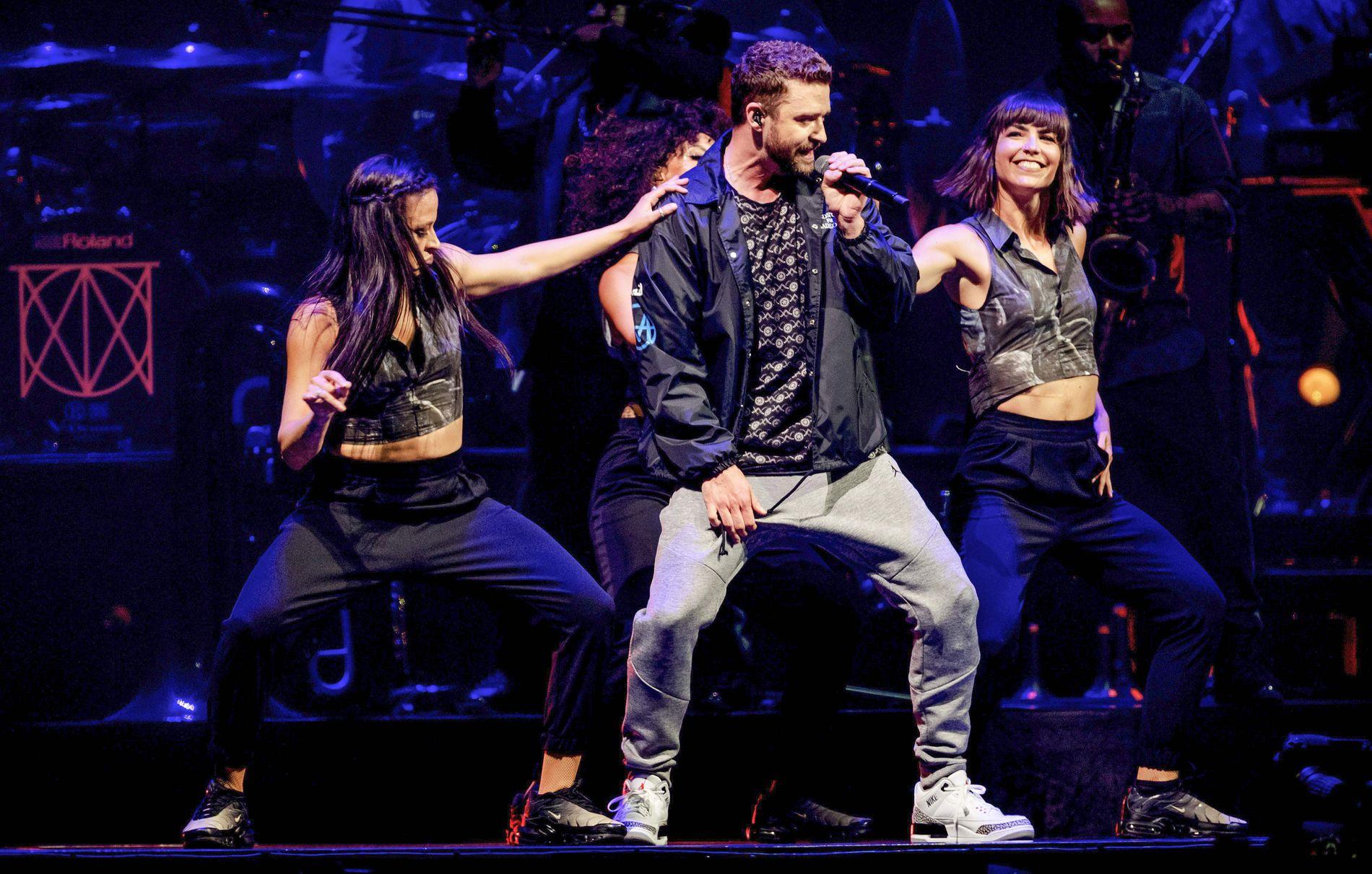 OPPTRER: Justin Timberlake på konserten i Amsterdam 15. juli.