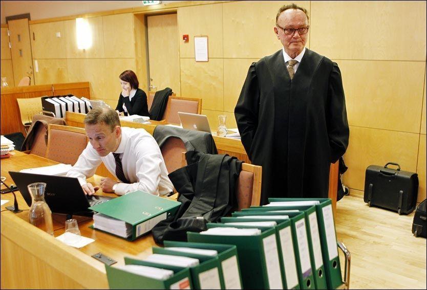 FRYKTER PÅVIRKNING: Forsvarer Sverre Næss frykter at den massive medieomtalen av Alvdal-saken kan ha påvirket jurymedlemmene. Foto: Scanpix