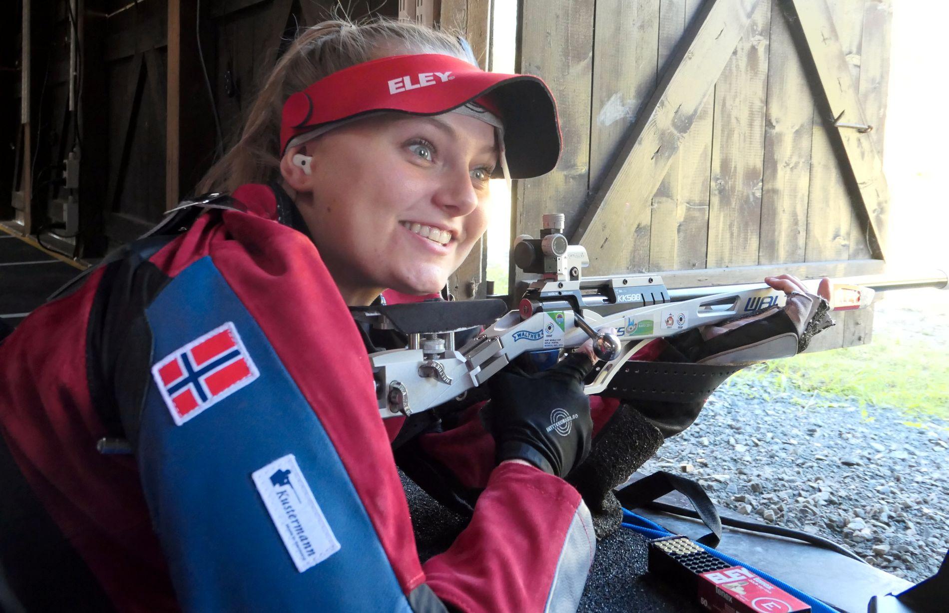 UKJENT OL-HÅP: Jenny Stene har satt verdensrekord på helmatch med 1185 poeng denne sesongen. Hun er en av Norges ukjente OL-håp.