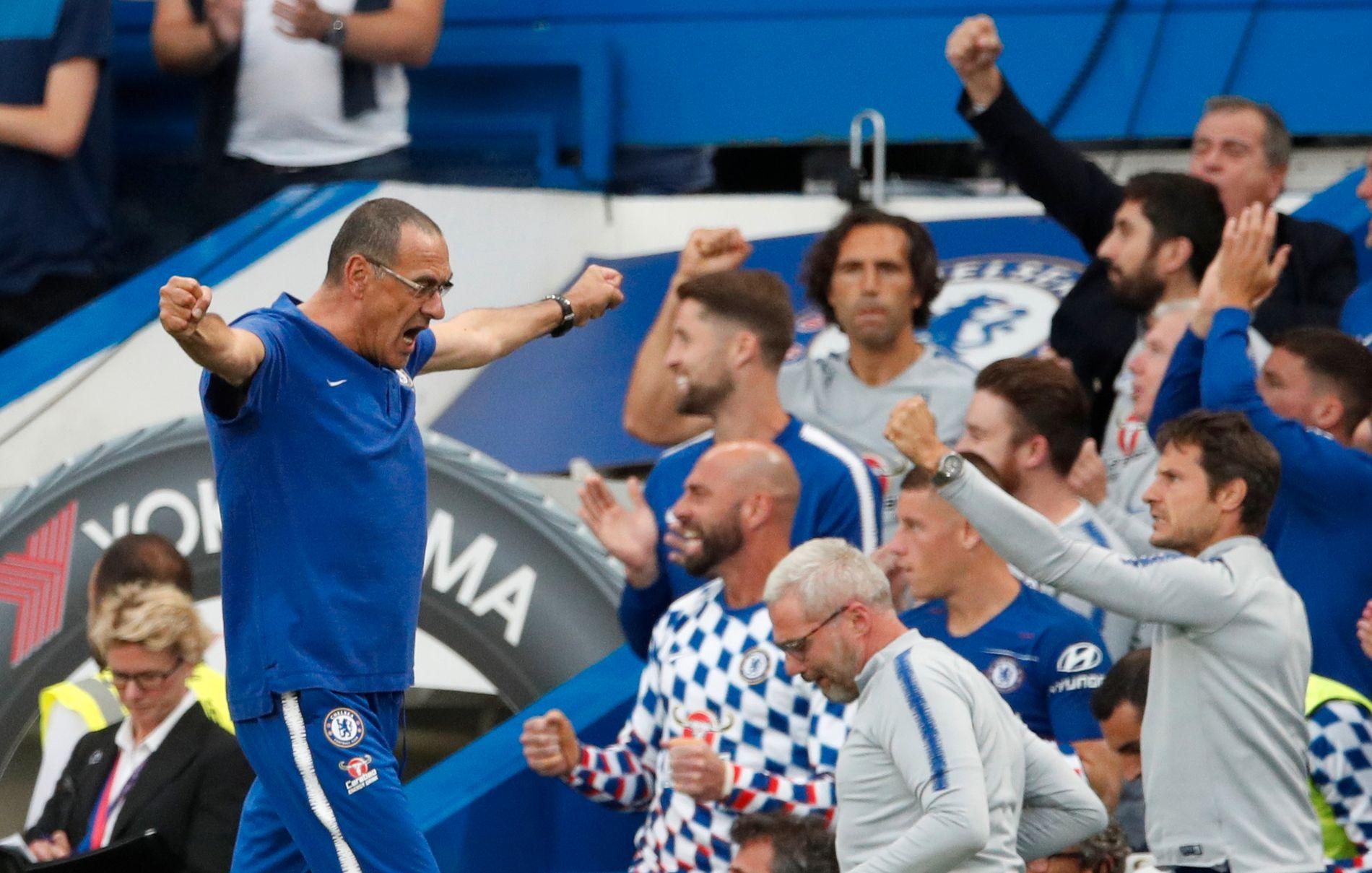 JUBEL: Chelsea og manager Maurizio Sarri har vunnet begge kampene så langt. I runde tre venter Newcastle.