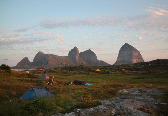 Træna: Festival og midnattssol i havgapet