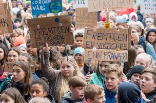 I Bergen demonstrerte streikende elever for klimaet 14. mars.