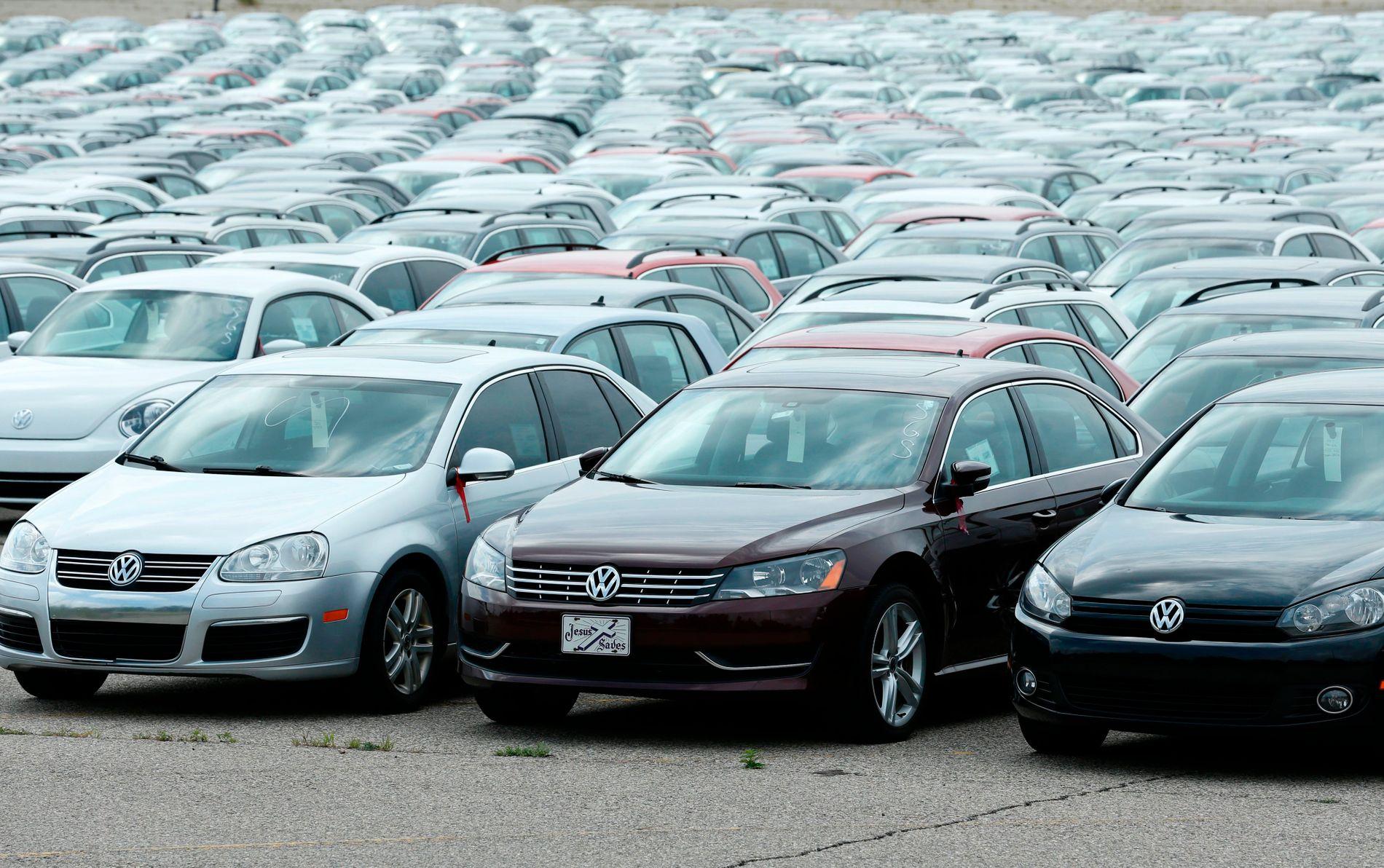 INGENIØR DØMT: Volkswagens utslippsjuks har ført til at en tidligere ingeniør i selskapet er dømt til fengsel.