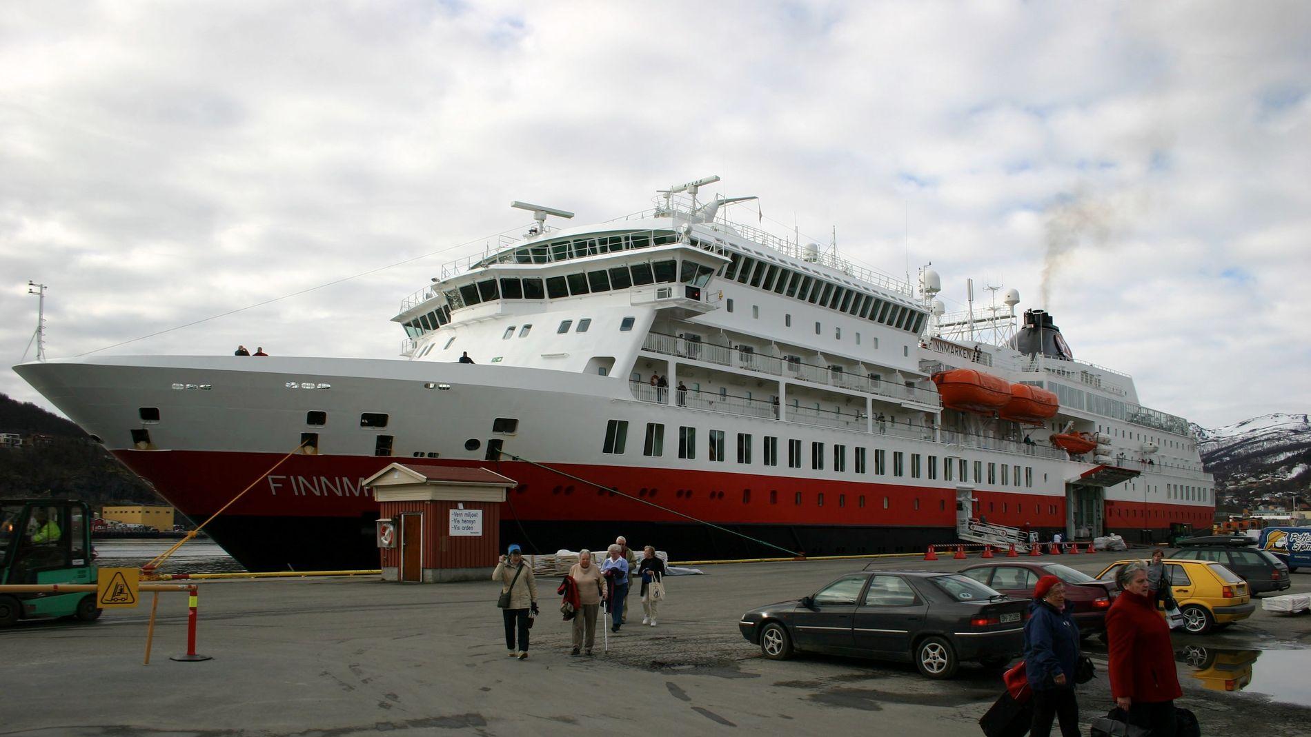 KJØRTE PÅ GRUNN: Hurtigruteskipet MS Finnmarken.