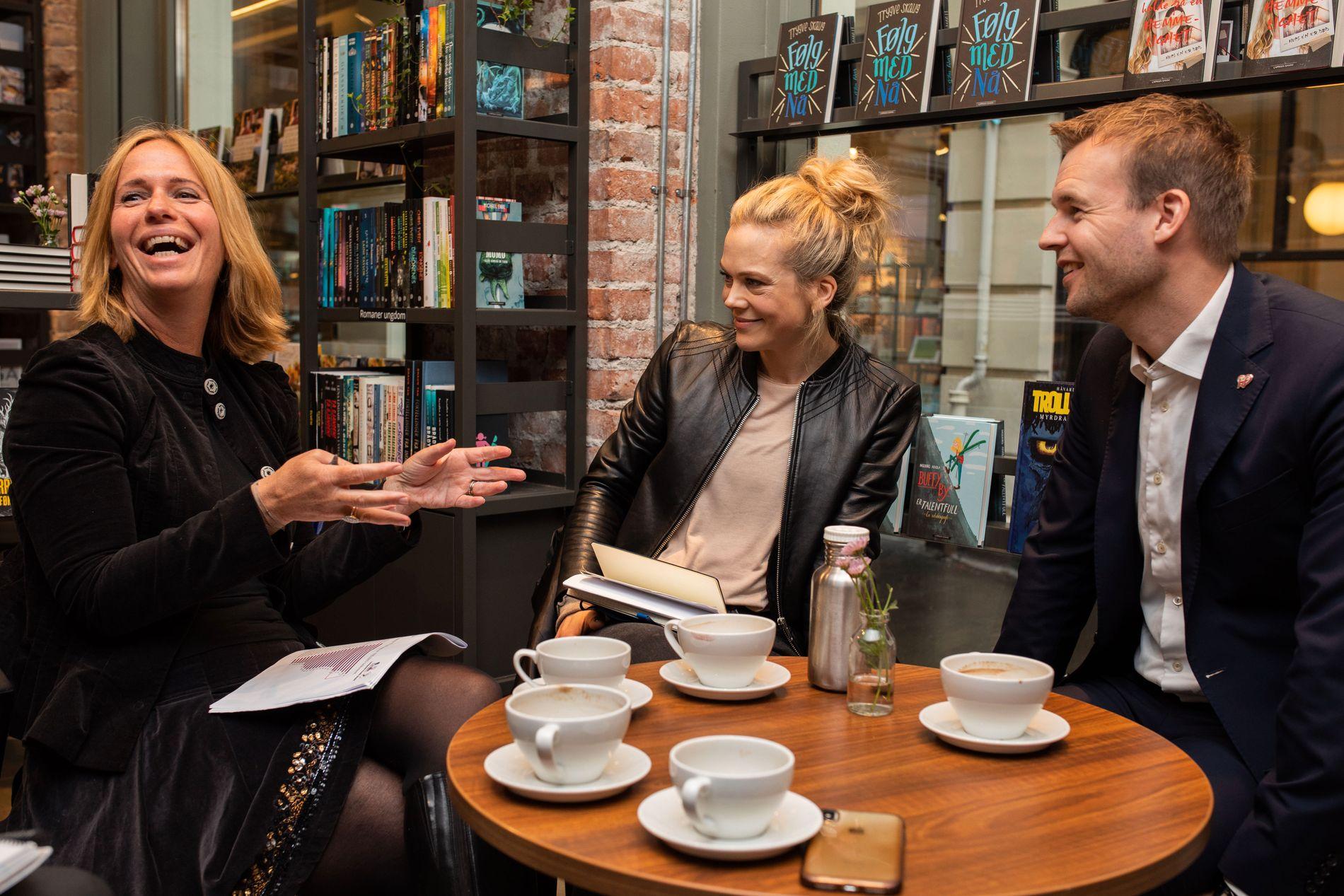 SOSIALE MEDIER: Barne- og familieminister Kjell Ingolf Ropstad (KrF) tok initiativ til å møte barneombud Inga Bejer Engh (t.v.) og skuespiller Ane Dahl Torp for å prate om unge og sosiale medier.