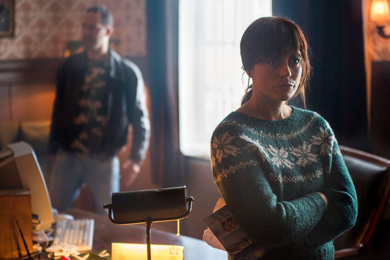 IKKE KOS: Nanna Soot vet ikke hvordan hun koser seg, men bruker hele julen på å etterforske drap.