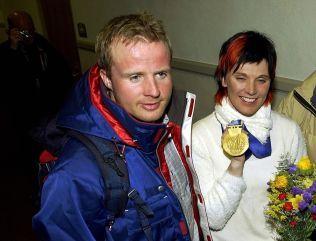GULLVINNER: Geir og Bente Skari da Bente Skari vant gull på 10 kilometer under Vinter-OL i Salt Lake City i 2002.