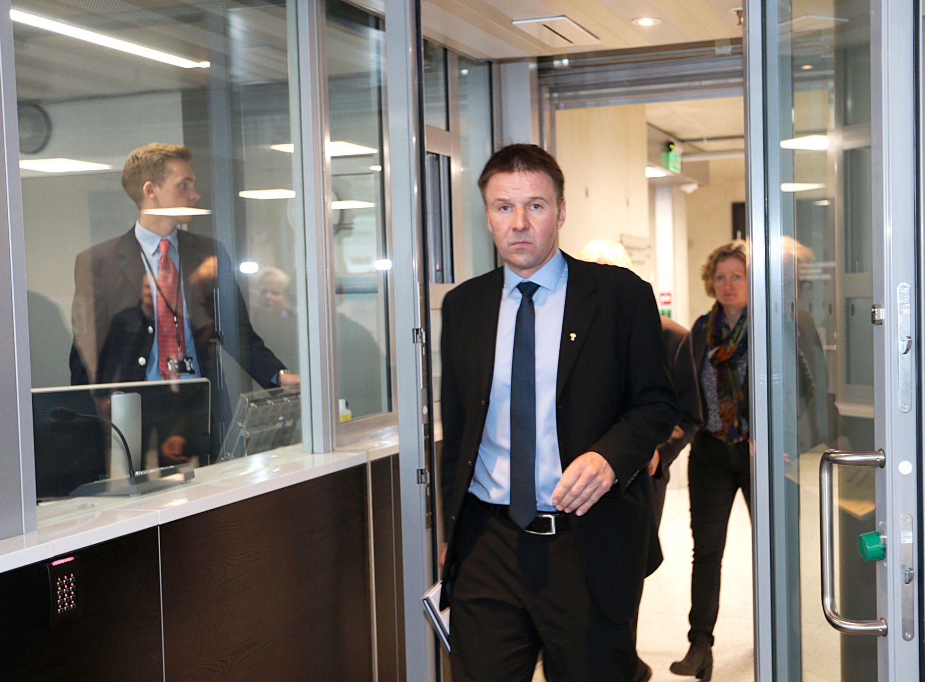 BONDELEDER: Leder Lars Petter Bartnes i Norges Bondelag advarer mot at matvarekjedene tar helt av i sin jakt på førjulskundene.