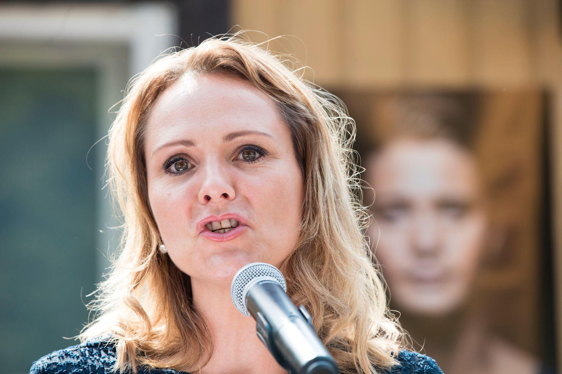 TAR SEXTRAKASSERING PÅ ALVOR: Kulturminister Linda Hofstad Helleland.