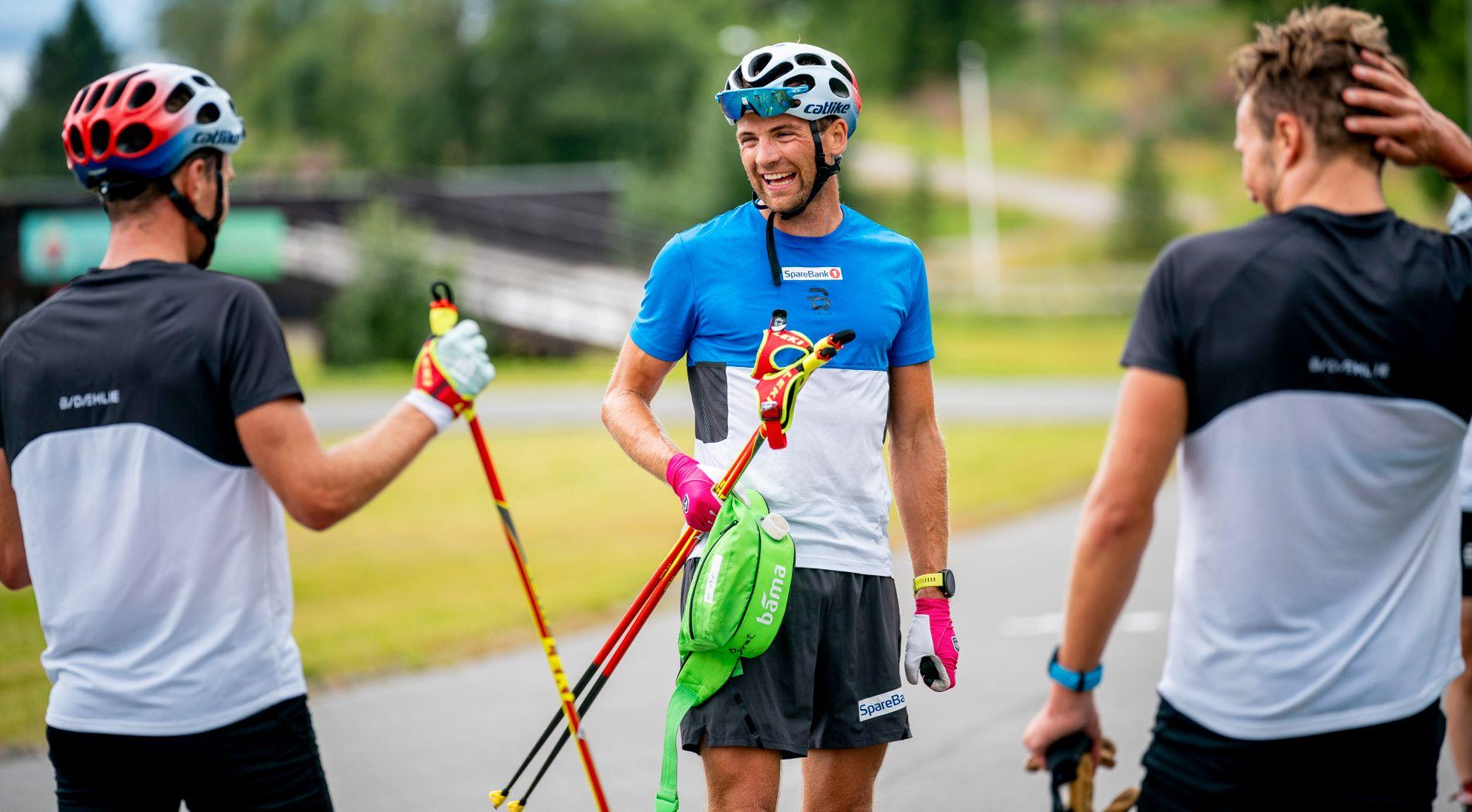 Niklas Dyrhaug holder følge med lagkameratene på trening nå. Her sammen med Didrik Tønseth og Emil Iversen (t.h.) på landslagssamling i Steinkjer.