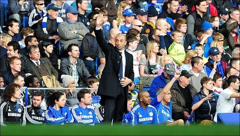 SUKSESS: Roberti Di Matteo har nå to seirer på to kamper som Chelsea-manager, etter at han i dag ledet London-klubben til seier mot Stoke på Stamford Bridge. Foto: Pa Photos