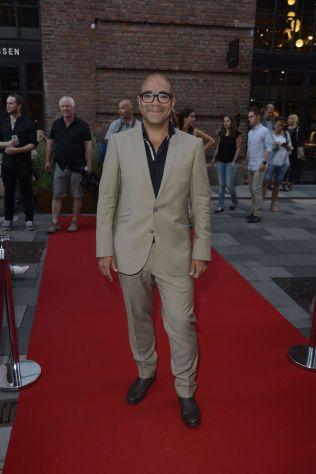 STAND-UP: Johan Golden er «årets stand-up komiker» for showet «Diktator», som fikk terningkast fire av VGs anmelder.
