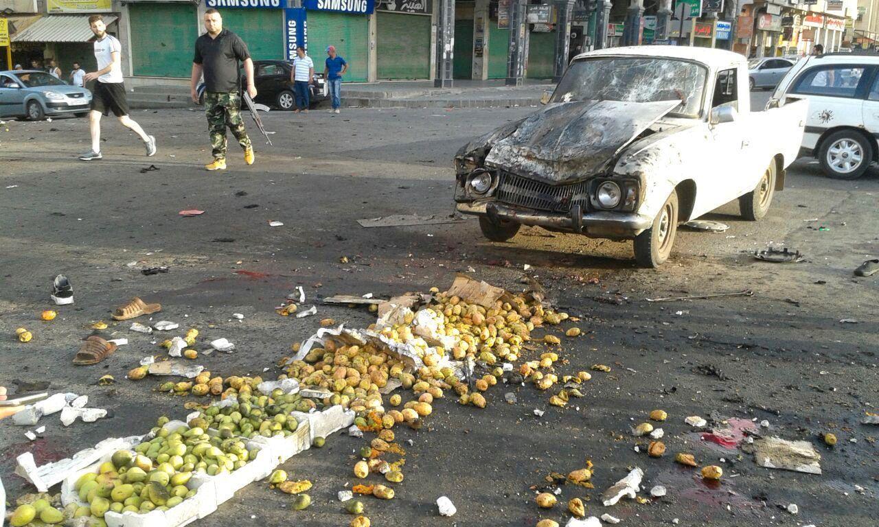 EKSPLOSJON: En av selvmordsbombere skal ha detonert bomben på et grønnsaksmarked.