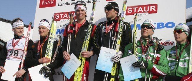 NM-GULL: Brødrene Northug vant lagsprinten under NM på Tolga for fire år siden. Her er NM-pallen fra 2010, fra venstre: Stian Hallén, Erik Brandsdal (Kjelsås), Tomas og Petter Northug (Strindheim) og brødrene Anders og Øyvind Gløersen (Rustad). Foto: NTB SCANPIX