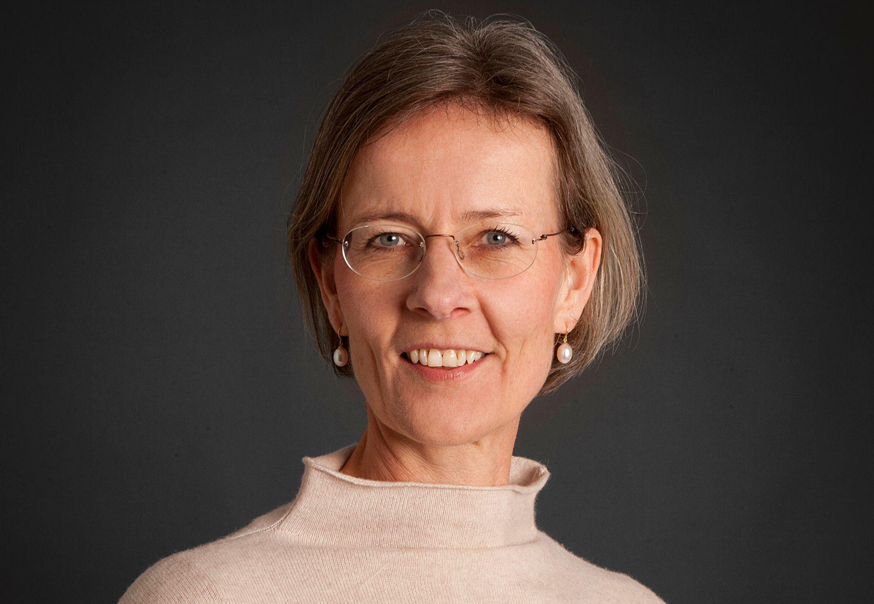 LILLESØSTERS HEVN: Helga Hjorth har skrevet et motsvar til storesøster Vigdis Hjorths mye omtalte og prisbelønte roman «Arv miljø».