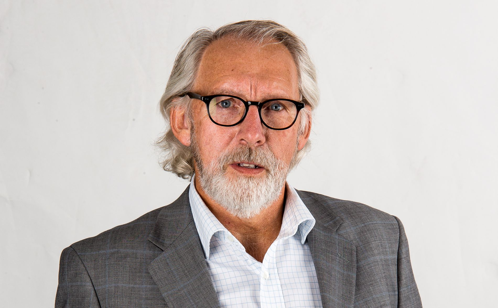 BØR FORLATE: Ifølge Carl-Erik Grimstad (V) bør Listhaug få rendyrke eldreminister-posten, og dermed forlate det arbeidet med forebyggende helsearbeid.