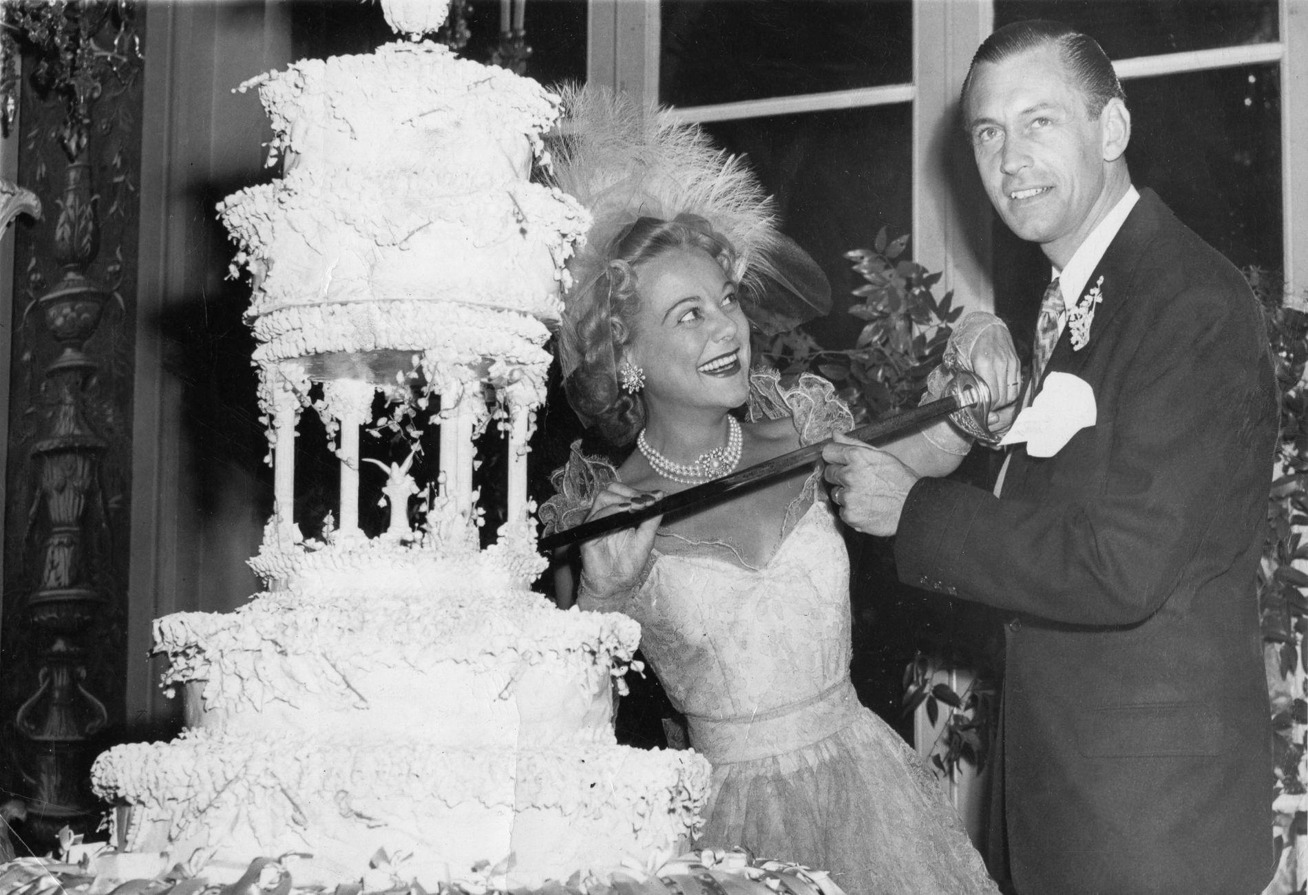 BRYLLUP: Sonja Henie giftet seg med Winthrop Gardiner jr. i 1949, men paret ble skilt i 1956.