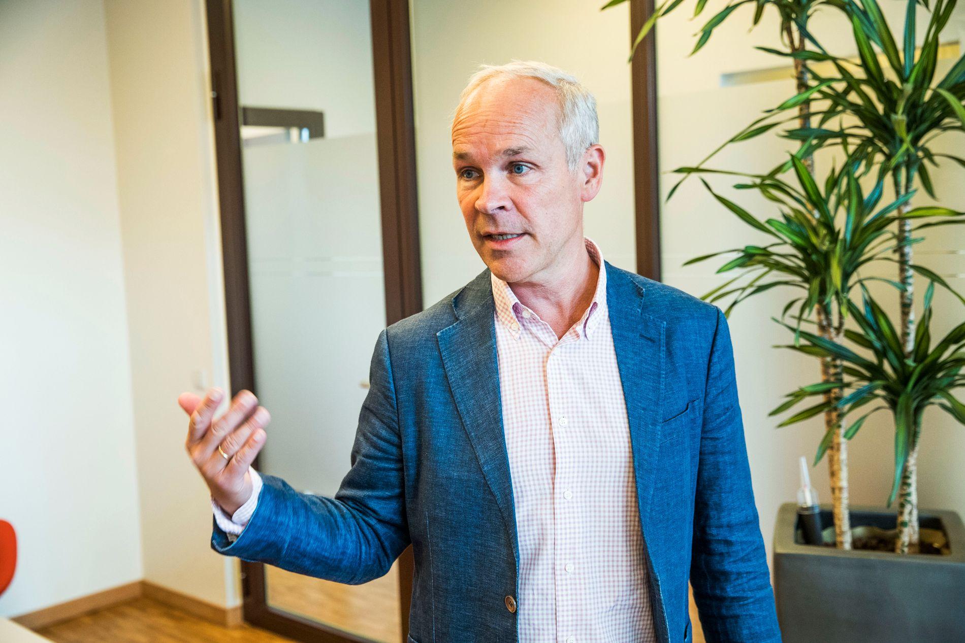BESØKTE SÖTA BROR: Jan Tore Sanner vil legge frem en ny integreringsstrategi til høsten.