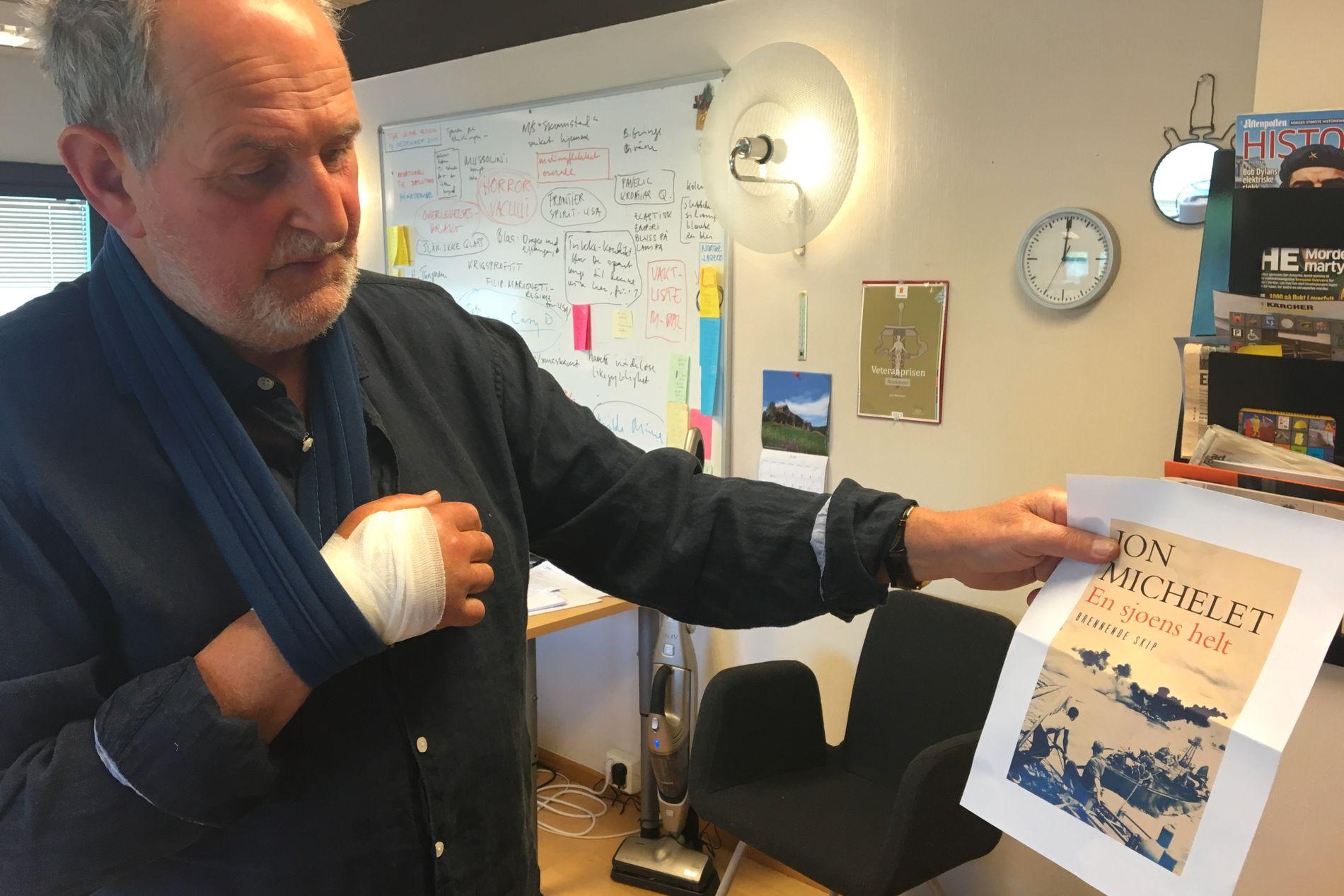 DEN NYE BOKA: Slik kommer høstens bok fra Jon Michelet i serien «En sjøens helt» til å se ut. «Brennede skip» som boka heter skulle egentlig være den siste i serien om Halvor, men slik blir det ikke.  Foto. JØRN PETTERSEN/VG
