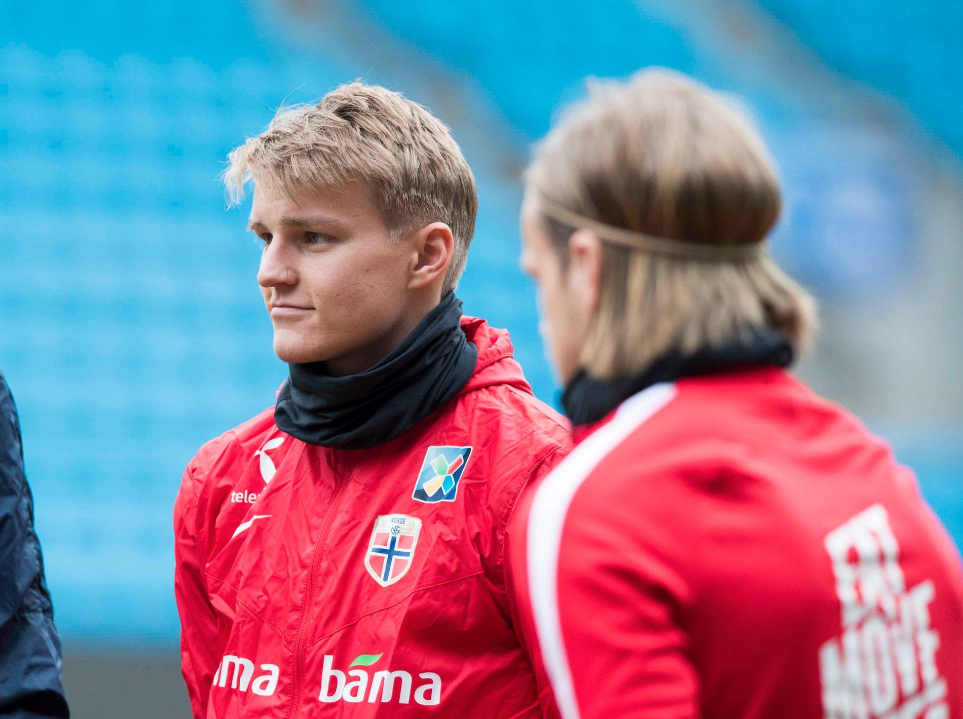 SPILLER LITE: Martin Ødegaard (t.v.) og Iver Fossum er blant landslagsspillerne med minst spilletid før tirsdagens uttak.