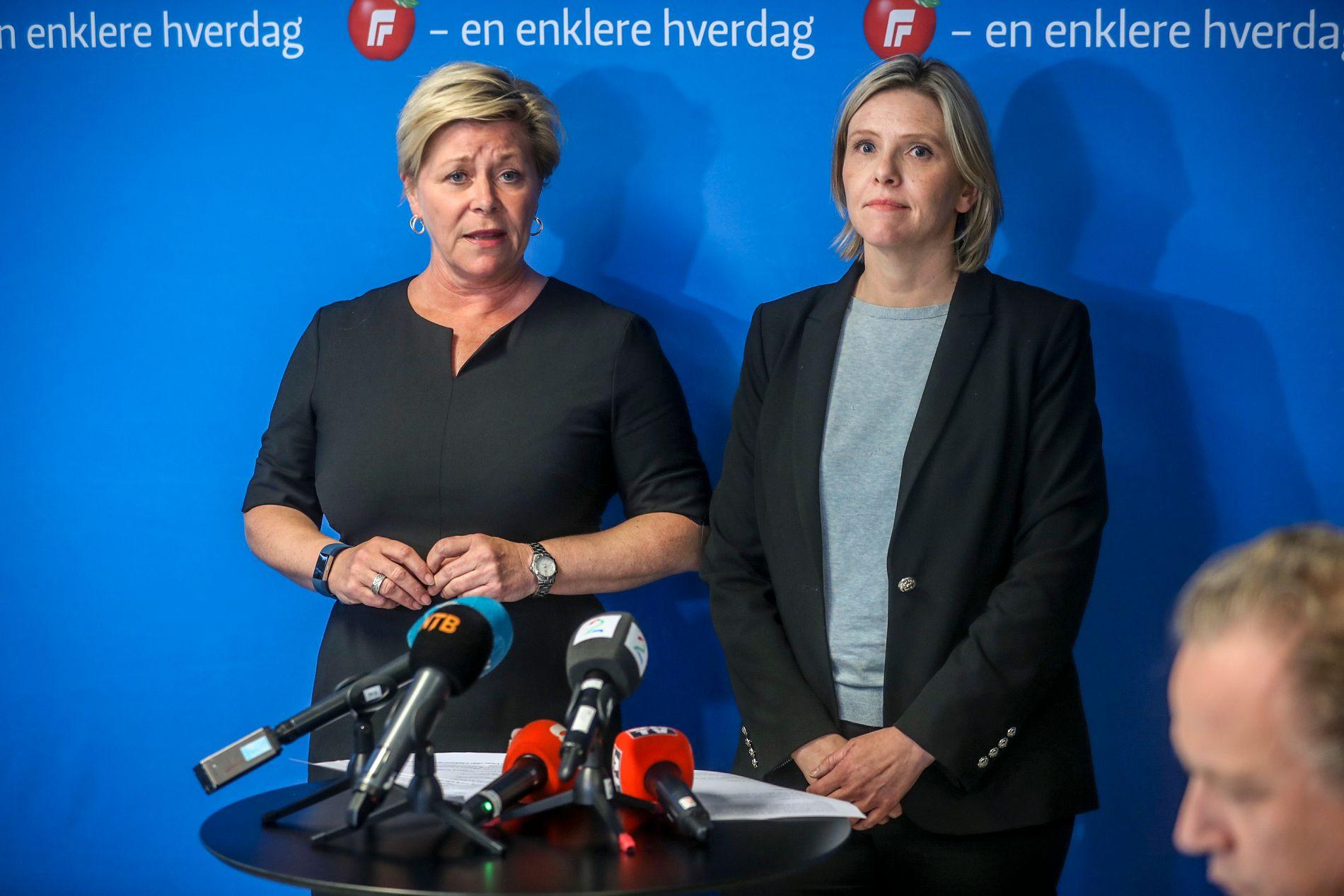 KRISEMØTE: På onsdag ble det arrangert ekstraordinært landsstyremøte i Frp om bompenger. Her er Siv Jensen og Sylvi Listhaug på pressekonferansen.