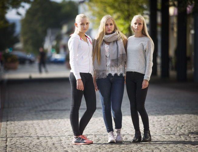 3c3d3d90 KONTAKTET: Sara Granli (t.v.) og Helene Hem (midten) har blitt kontaktet av  en straffedømt dansk mann med lovnader om jobb. Han hevder å være sjef for  ...