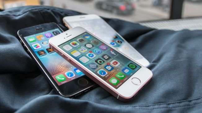 TERNINGKAST 5: iPhone SE ser ut som en iPhone 5S, men har innmaten til en iPhone 6S.