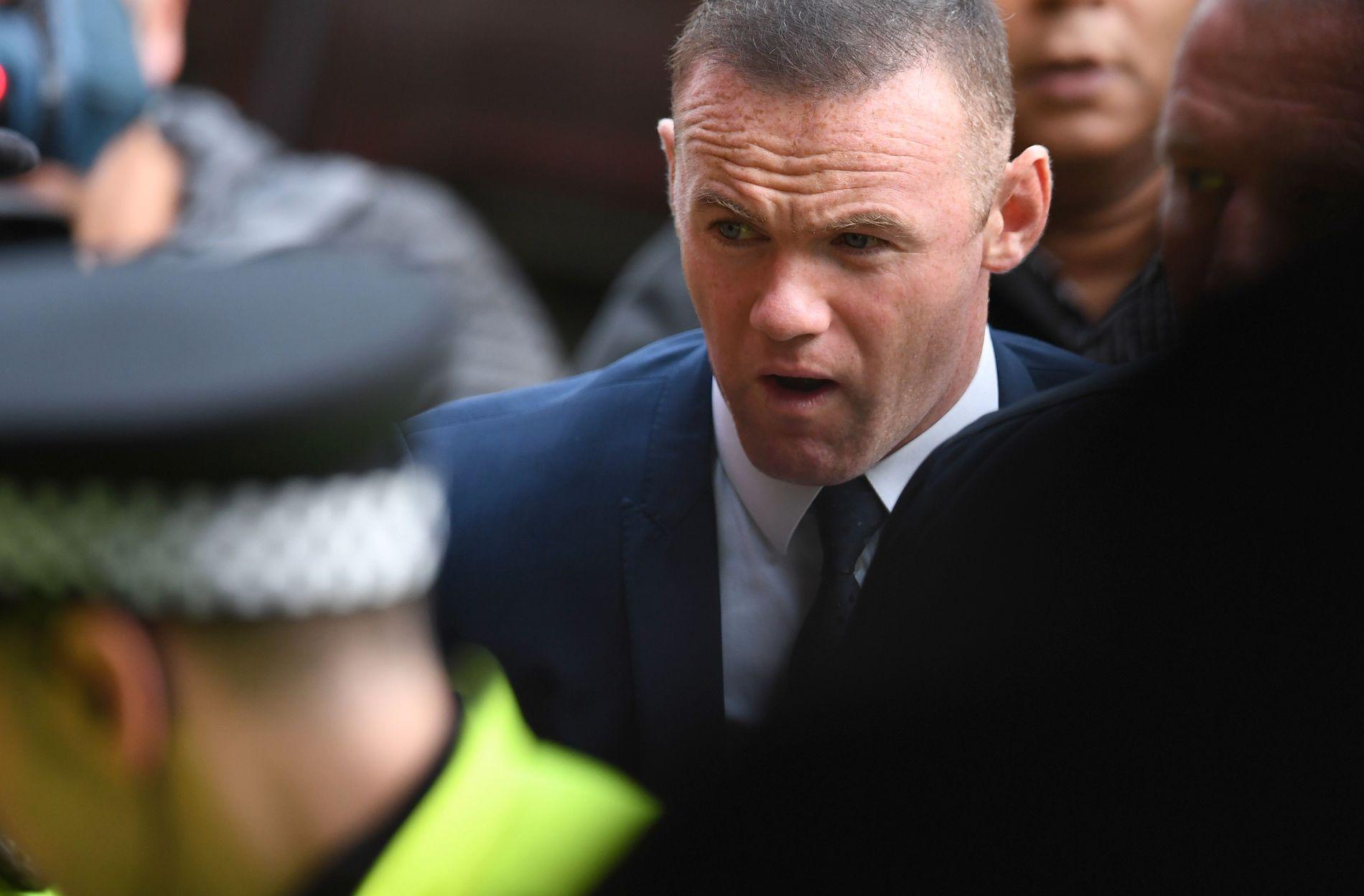 TILSTÅR: Wayne Rooney, som her møter opp i retten mandag, tilstod å ha kjørt i alkoholpåvirket tilstand.
