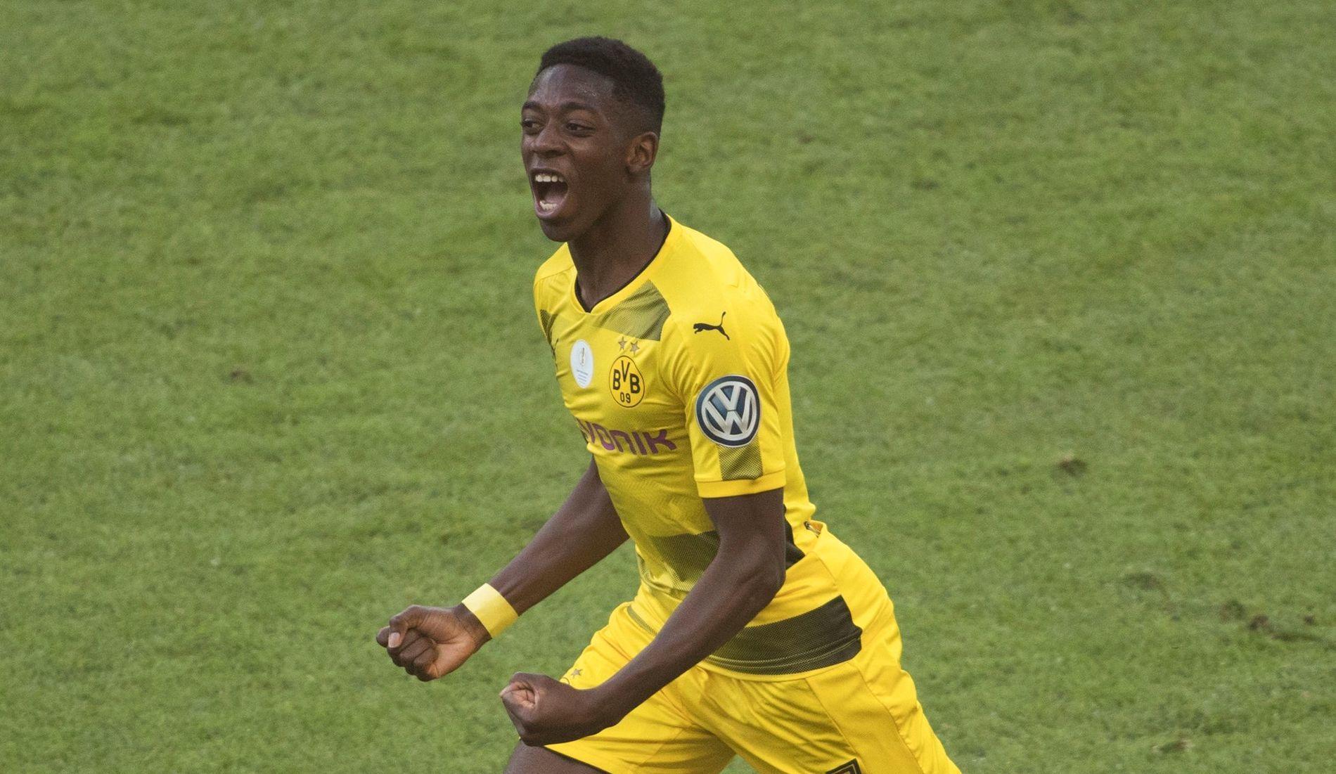 JUBLER: Franske Ousmane Dembele jubler over scoring i den tyske cupen nylig.
