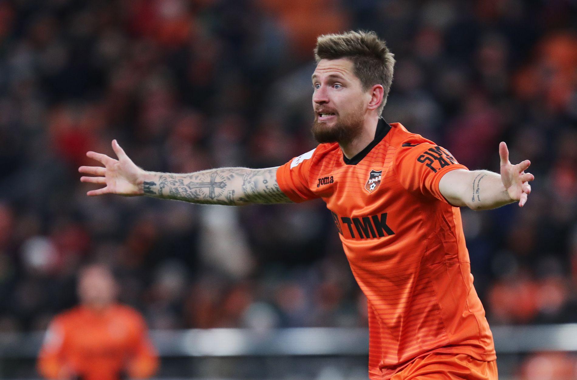 I NY DRAKT: Et halvår på lån i FC Ural har restartet karrieren til Stefan Strandberg etter over to år med lange skadeperioder i Krasnodar. Her fra den russiske cupsemifinalen denne våren.