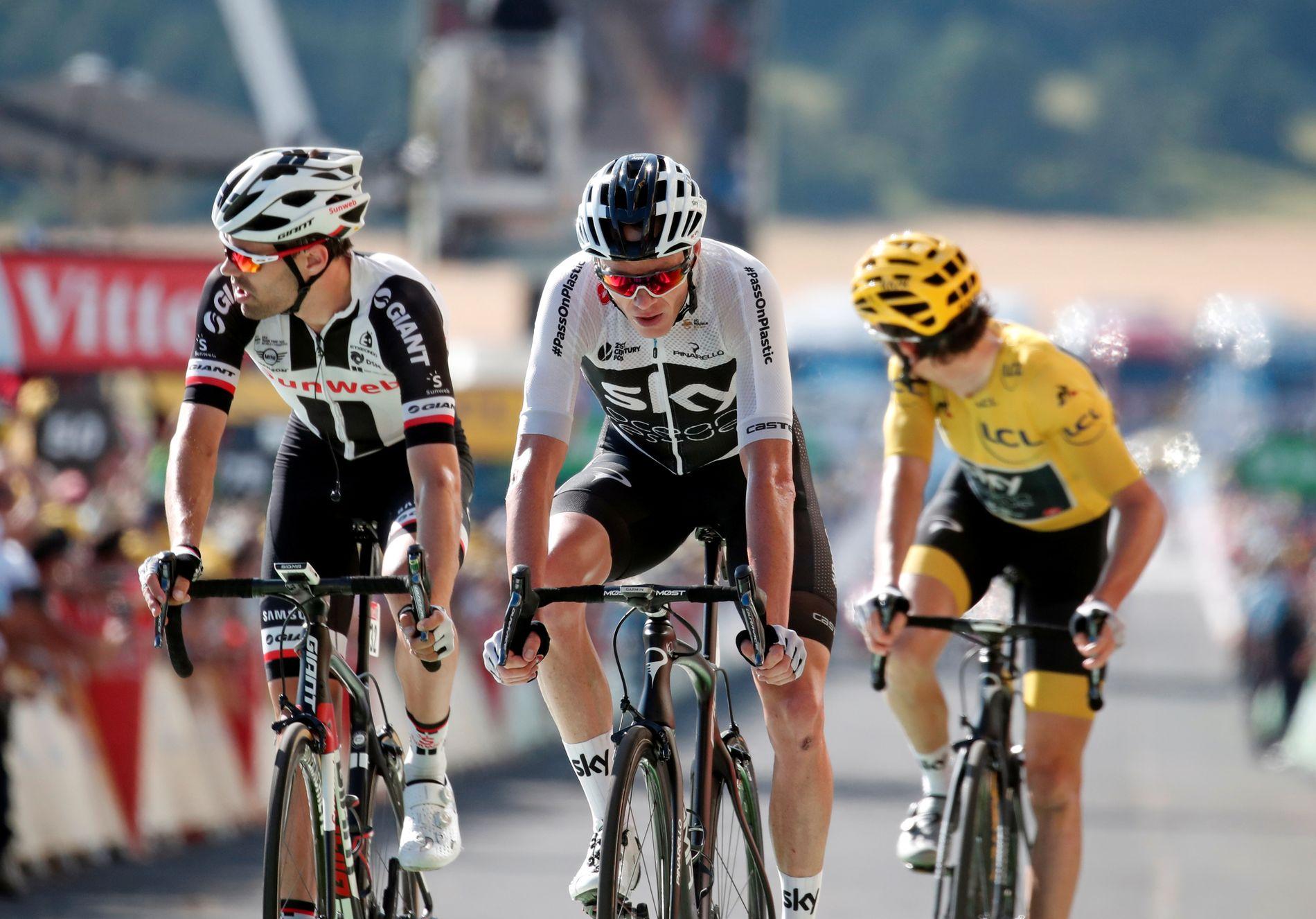 I MÅL: Her tråkket Tom Dumoulin, Chris Froome og Geraint Thomas samlet i mål.