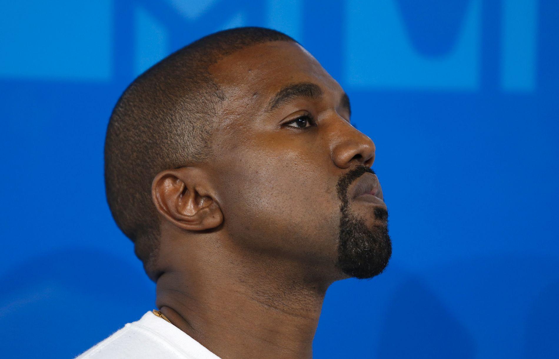 OMSTRIDT: Prisbelønnede Kanye West på MTV Video Music Awards i 2016.