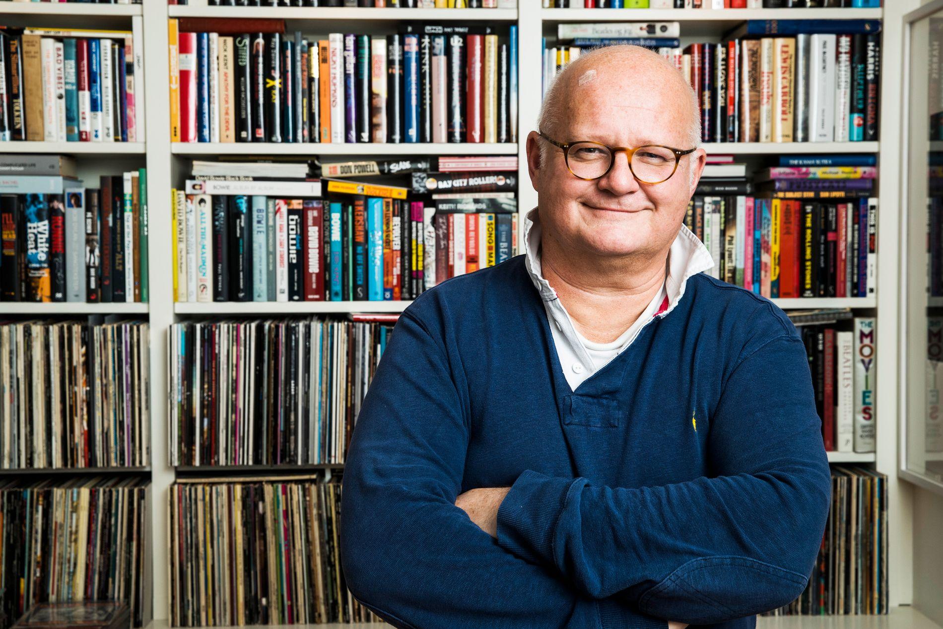 VIL STOPPE BJELKE: NRK vil stoppe Finn Bjelkes nye program på Radio Vinyl fordi det er for likt «Popquiz» som Bjelke ledet på NRK.