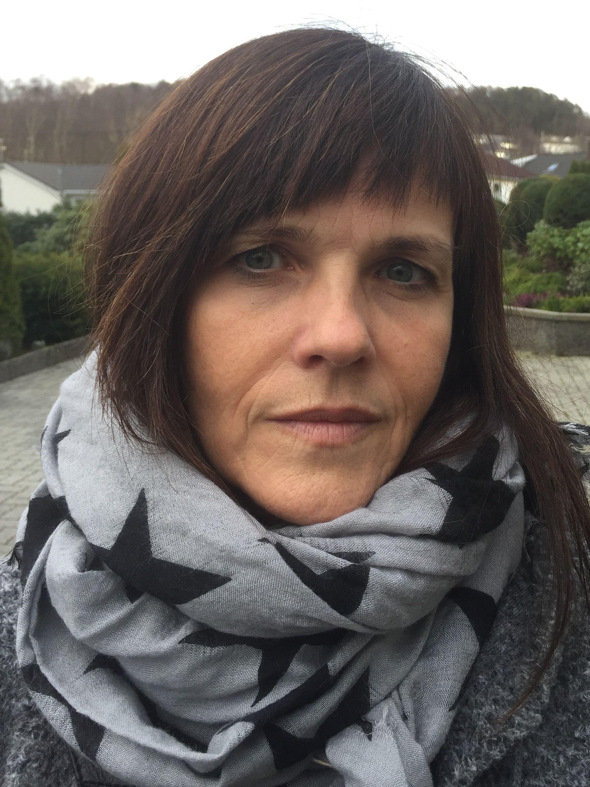 REAGERER PÅ DOMMEN: Bistandsadvokat Verna Rege Nilssen. Foto: PRIVAT