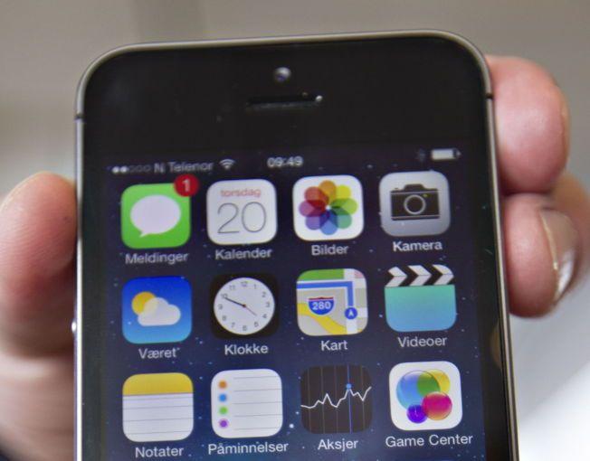MOBIL-DOKTOR? Det finnes haugevis av helse-apper tilgjengelig for mobil, og muligheten for mer digitale helsetjenester er enorm. Men fortsatt er helsevesenet litt stivbent, gammeldags og «patriarkalsk», mener flere.