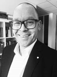 Finanssjef Carl Fredrik Hjelle i Sandnes Sparebank.
